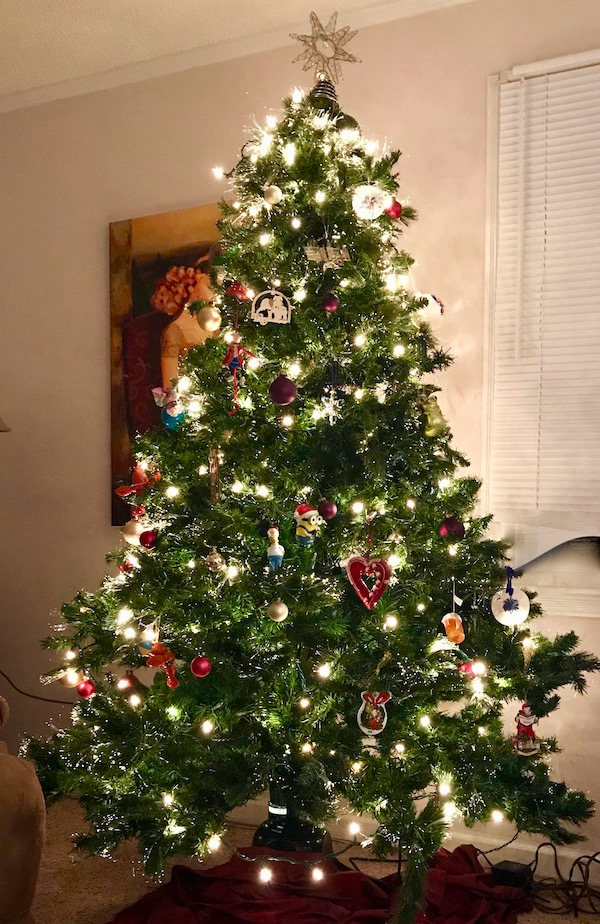 A fully decorated Christmas Tree