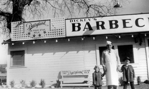 A black and white photo of the first Dickey's BBQ Pit from 1941.