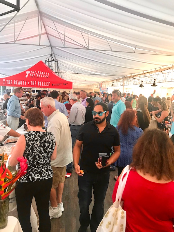 A croud of people at the 2019 Flavors Wellington Food and Wine Festival